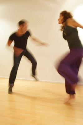 Tanec nás učí být plně tady a teď.
