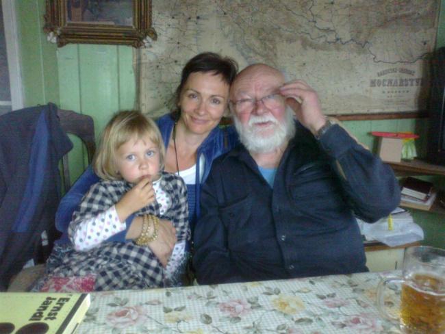S dcerou Natálkou a profesorem Ivanem Vyskočilem, který ji učil na DAMU.